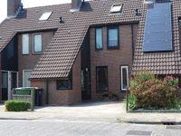 Behringhof 47, Hoogeveen