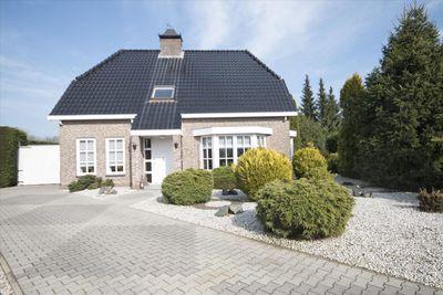 Veilingweg 12, Oudenbosch