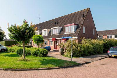 Dokter van Wieringenstraat 12, Waardenburg