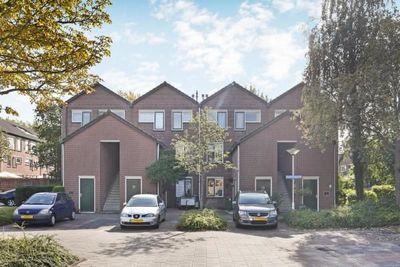 Hazelnootgaarde, Zoetermeer