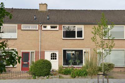 Beukstraat 14, Steenbergen