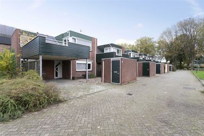 Eendendonk 40, Oosterhout