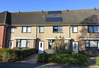 Duinbeek 142, Lelystad