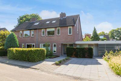 Schweitzerlaan 33, Eindhoven