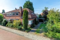 Egmondstraat 11, Velp