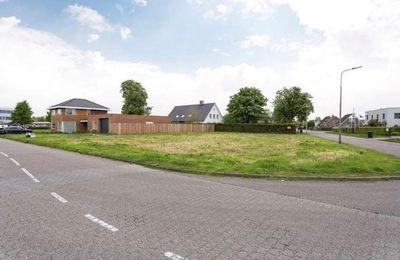 Vijfhuizenberg 100, Roosendaal