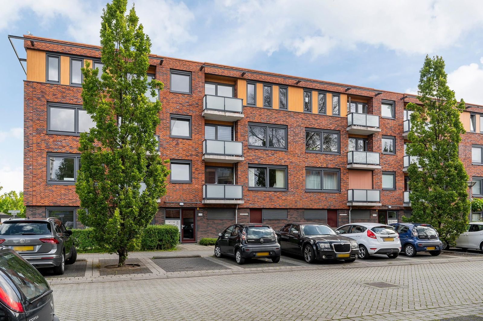 Jan van der Burgstraat 13, Maassluis