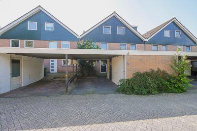 Seringenhof 26, Schagen