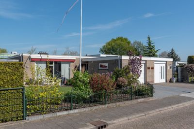 Pieter C. Hooftstraat 18, Kesteren