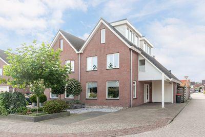 Dominee C. Keersstraat 42, Lemelerveld