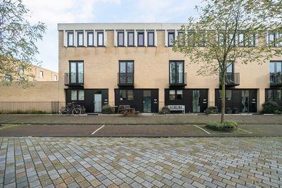 Eva Besnyöstraat 635, Amsterdam