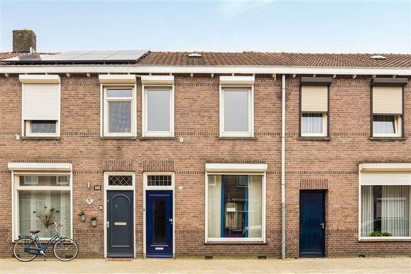 Arent van 's Gravesandestraat 24, Tilburg
