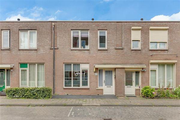 Pieternel Koomansstraat 79, Breda