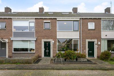 van Raesfeltstraat 8, Zutphen