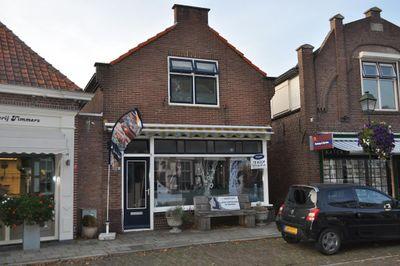Kerkring 35, Nieuwerkerk