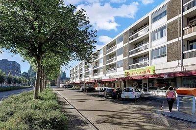 Haagbeuklaan 34*, Amstelveen