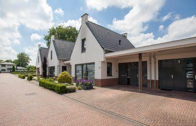 Dokter Enklaarstraat 10, Winterswijk
