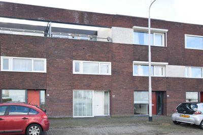 Schipluidenlaan 72, Tilburg