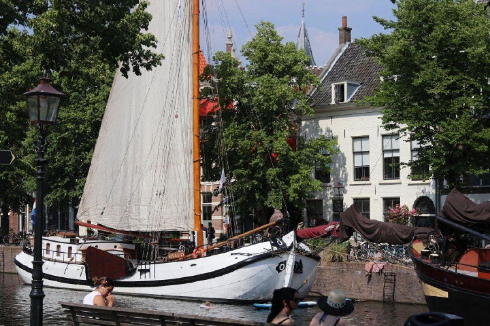 Lange Haven 98, Schiedam