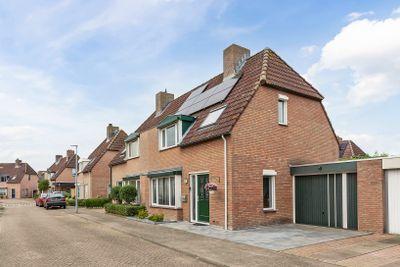 Valenberg 8, Veldhoven
