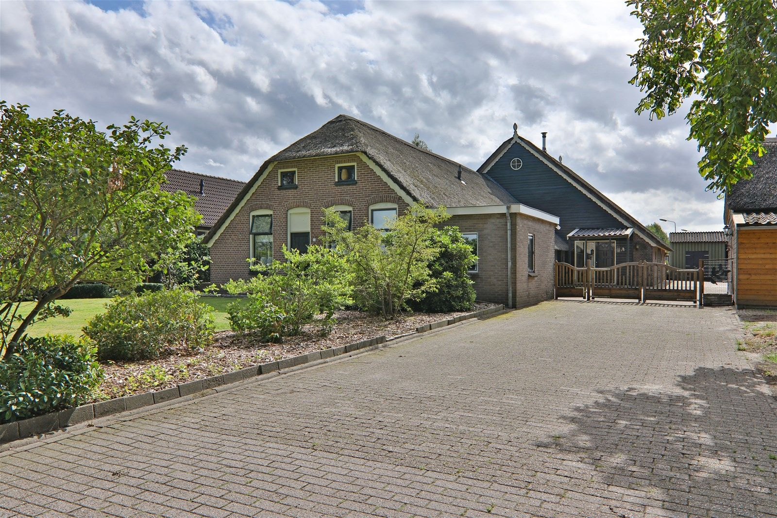 Willem Moesweg 13, Veeningen