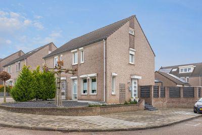 Tarwehof 90, Heerlen