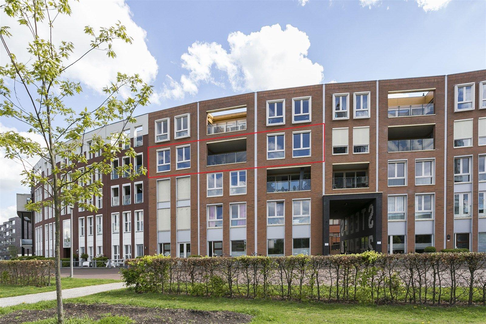 Baron Sloetkade 255, Apeldoorn