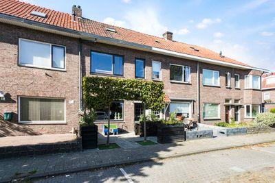 Nachtegaalstraat 19, Breda