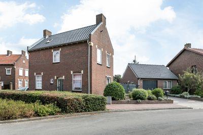 Kapelaan Hermkensstraat 17, Montfort
