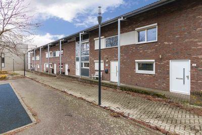 Elfershof 22, Heerlen