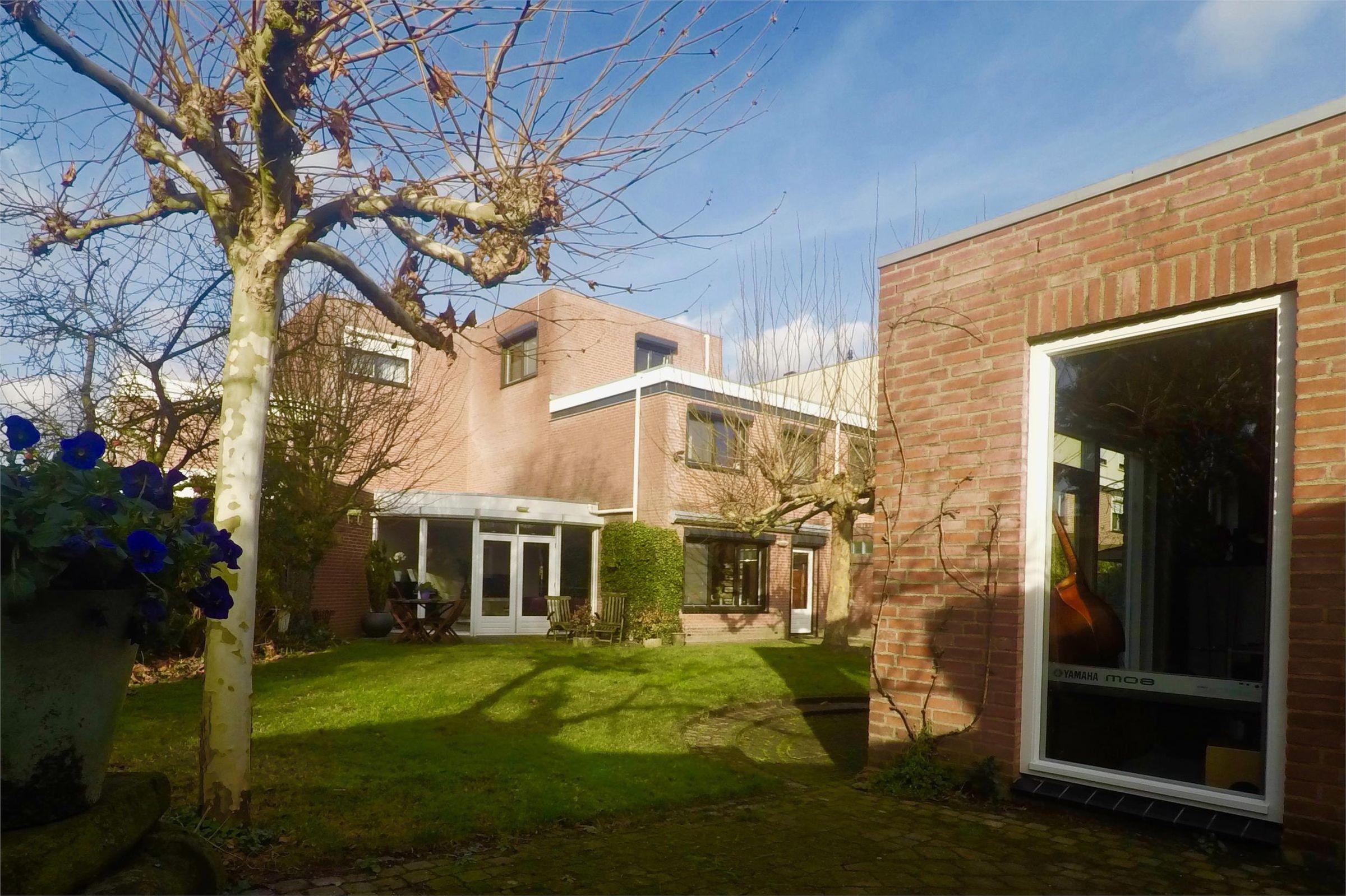 Gelaarsde Kat 87, Eindhoven