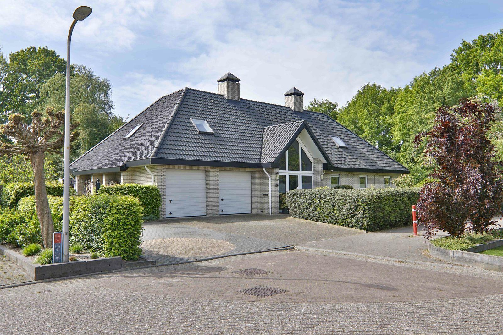 Dravik 24, Hoogeveen