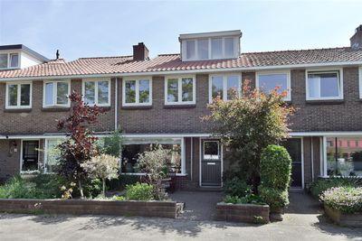 Outshoornlaan 26, Hilversum