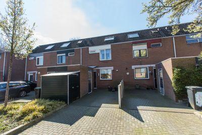 Selma Lagerlof-erf 242, Dordrecht