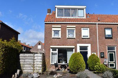 Ooststraat 13, Nieuwerkerk