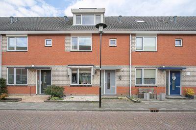 Esdoornstraat 10, Bunschoten-Spakenburg