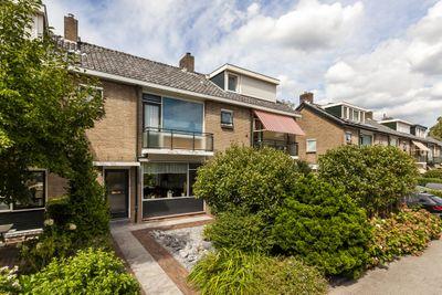 Brahmslaan 17, Rotterdam