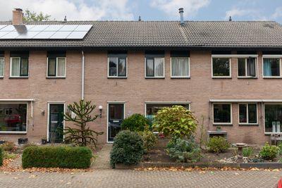 Anna van Burenplein 5, Bathmen
