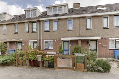 Mr. Beerninkplantsoen 128, Rijswijk