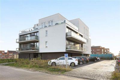Beneluxlaan 887, Almere