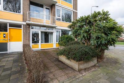 Rivierenplein 1, Dordrecht