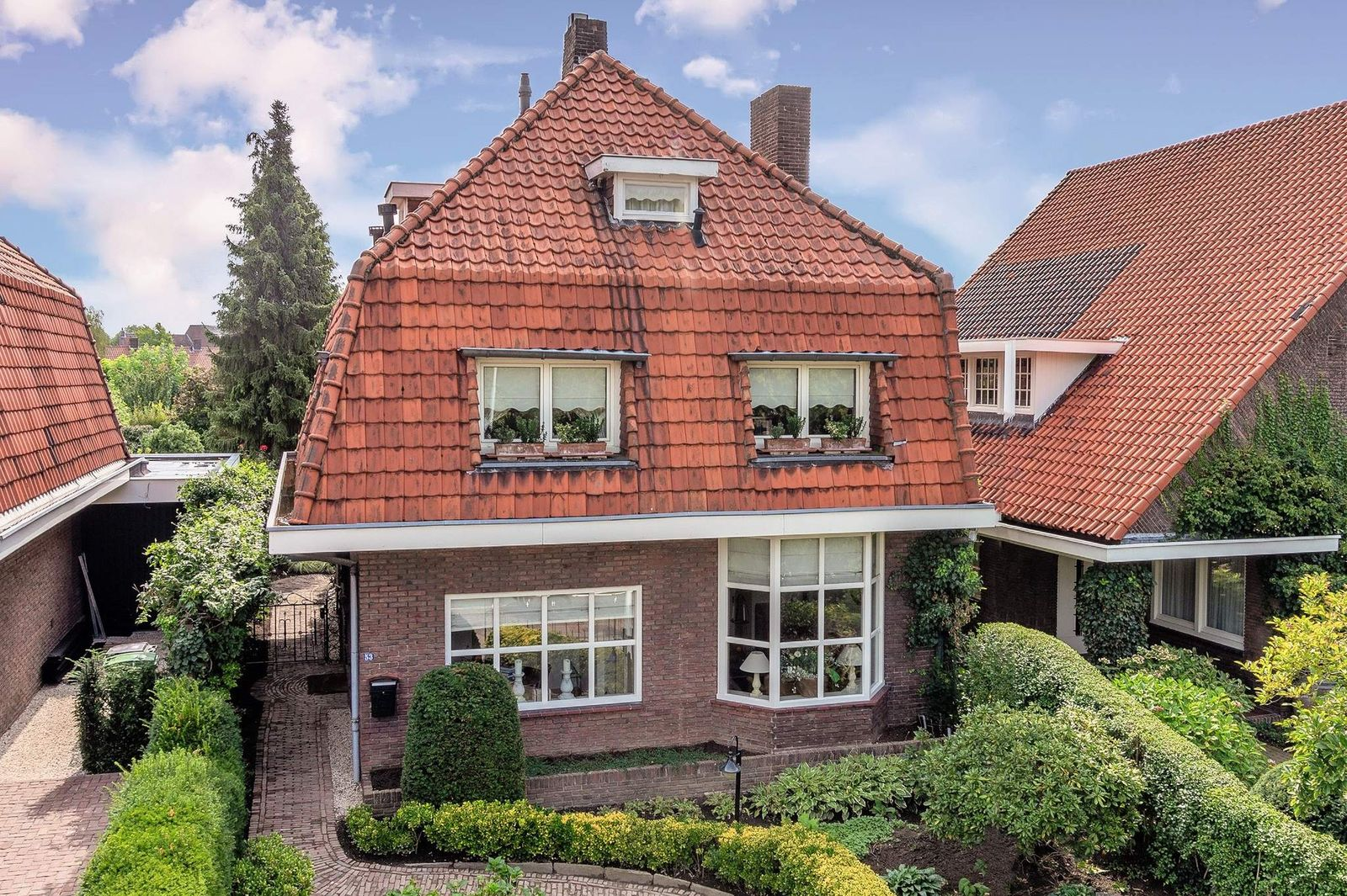 Burgemeester van Rijnsingel 53, Venlo
