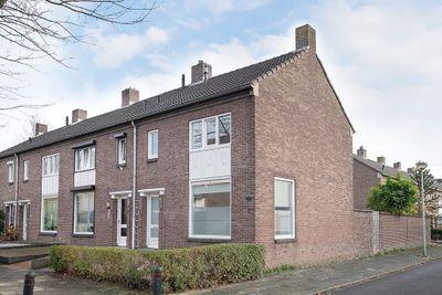 Majellastraat 12, Maastricht