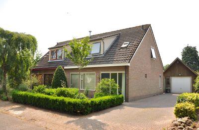 Claes Egbesweg 2, Haule