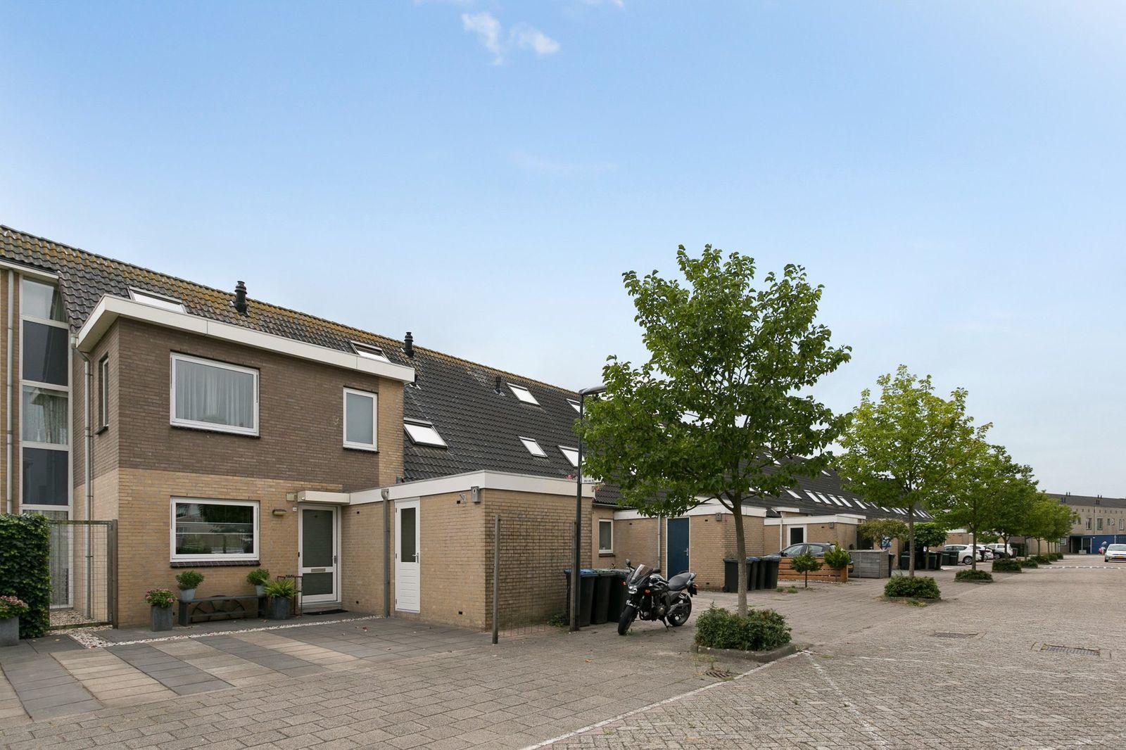 Veldpad 114, Schiedam
