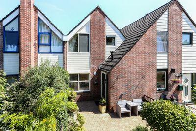 Domela Nieuwenhuisweg 32., Muntendam