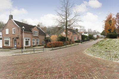 Nieuwe Holleweg 27, Beek