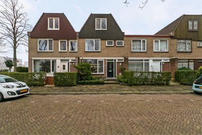 Nicolaas Beetslaan 10, Delft