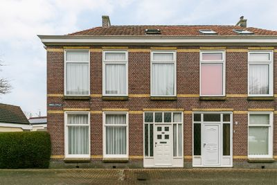 Singelstraat 1, Harlingen