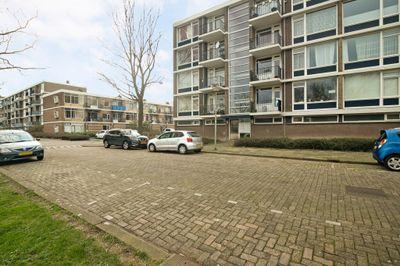 Burg Van Haarenlaan 720, Schiedam